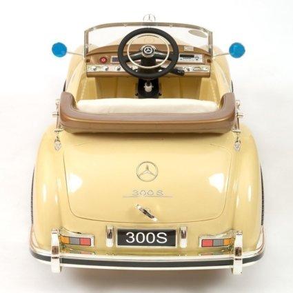 Электромобиль Mercedes-Benz 300S Retro бежевый (АКБ 12v7ah, колеса резина, сиденье кожа, пульт, музыка)